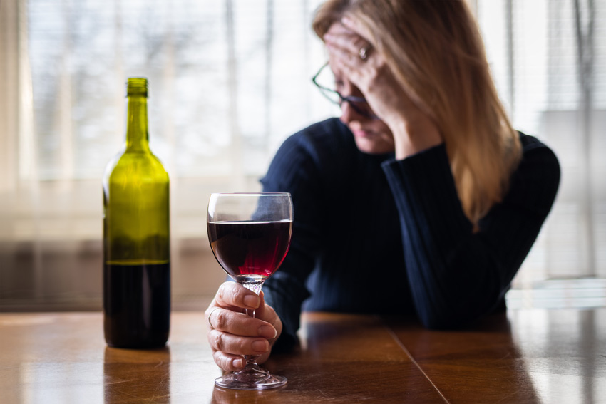 Signs of Addiction: Alcohol and Anxiety